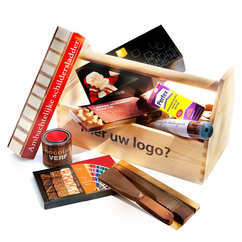 Kerstpakket geschenk schildersbedrijf chocolade met logo